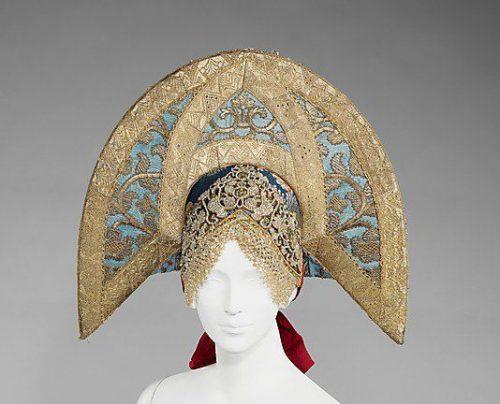 Kokoshnik traditional Russian headdresses
