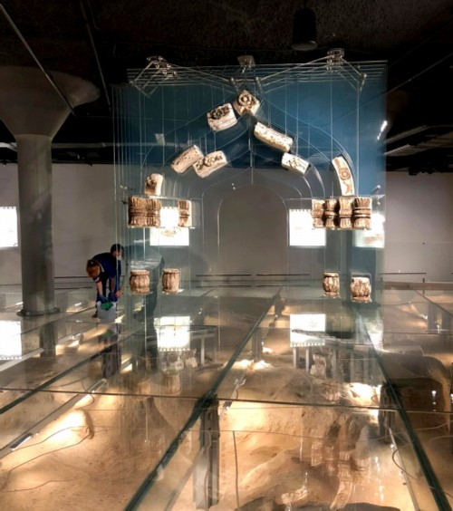 Museum expositions