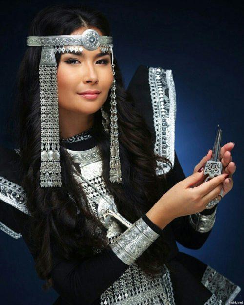 Yakut jewelry