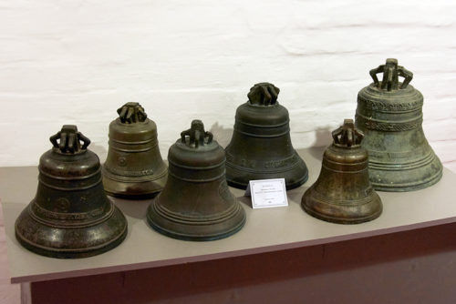 Olovyanishnikov bells at an exhibition in Russia