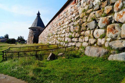 Spaso-Preobrazhensky Solovetsky Stavropol Monastery. View of the Arkhangelsk Tower from the White Tower.