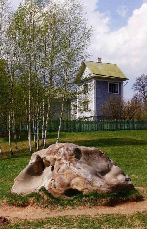 The Shakhmatovo estate