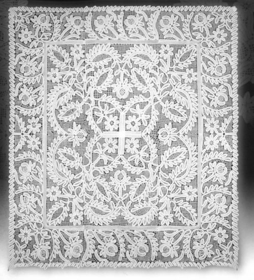 Shroud, late 18th century from the Spaso-Prilutsky Monastery