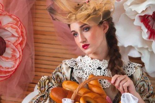 Fifteen-year-old model from Krasnoyarsk Vlada Sapronova received the title of Miss World