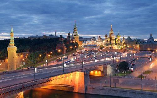 The most beautiful bridges in Moscow. Bolshoi Moskvoretsky Bridge