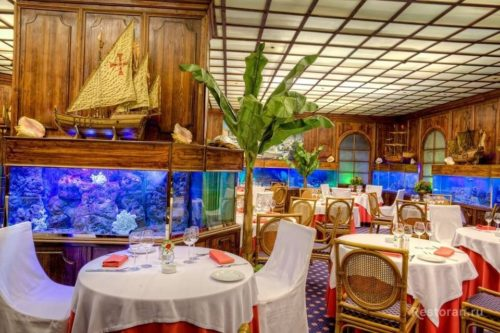 Summer terraces of restaurants in Moscow On Bolshaya Nikitskaya, Tokyo restaurant Sirena the legendary fish restaurant