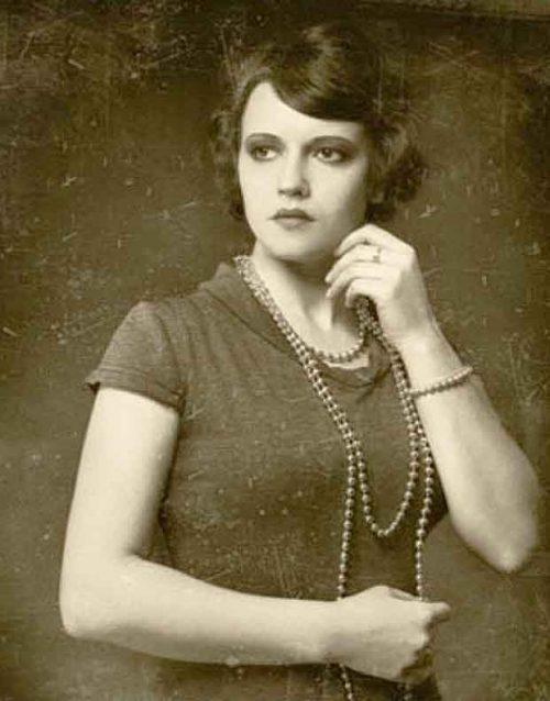 Faina Ranevskaya in her youth