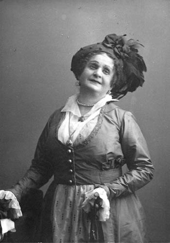 Maria Blumenthal-Tamarina one of the first People's Artists of Russia