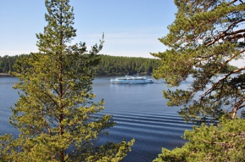 Bolshaya Nikonovskaya Bay and cruise ships on Valaam.