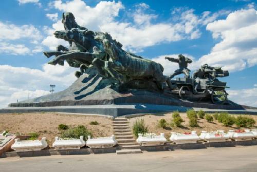 Monument Tachanka-Rostovchanka