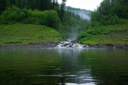 Nizhnyaya Tunguska River: Harsh and real Gloom-river