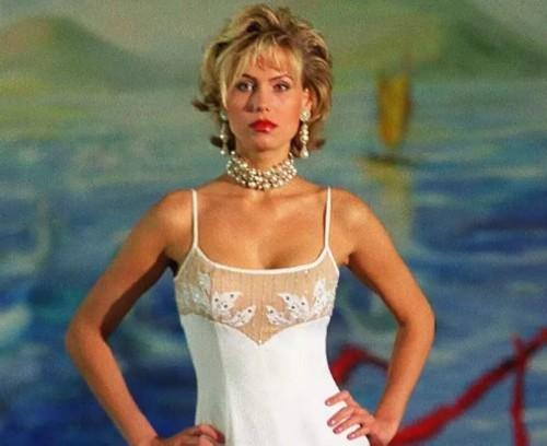 Anna Malova Miss Universe 1998 4