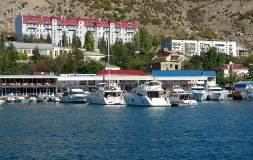 Balaklava, yacht club