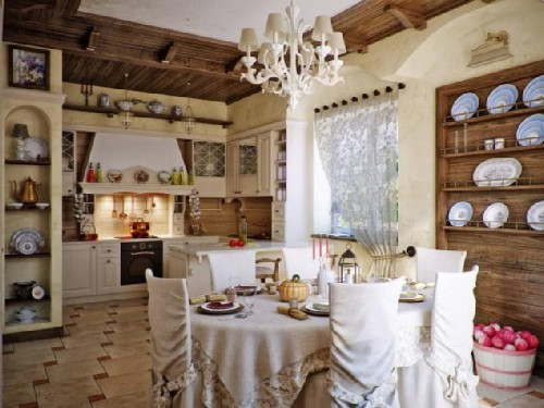 Dining room in Russian style