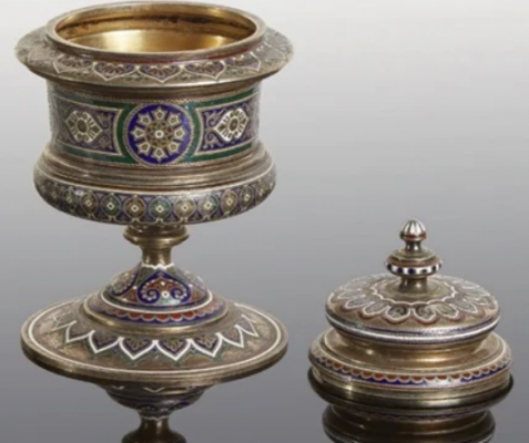 Goblet with gilded silver lid. Moscow, 1873