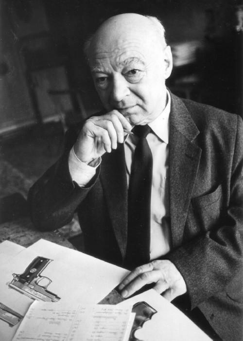 Illustrator Alexander Borisovich Zhuk, photo
