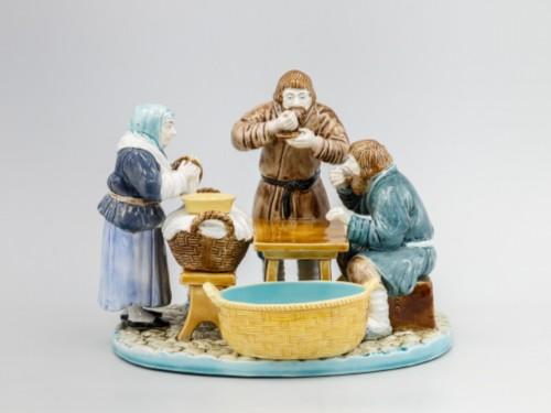 Kuznetsov's porcelain. STATUETTE FOR LUNCH, PARTNERSHIP M. S. KUZNETSOV