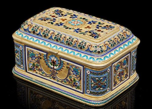 Silver gilded box, decorated with cloisonné enamel (8x15x9.5 cm), Antip Kuzmichev, Moscow, 1894, sold by Tiffany & Co.