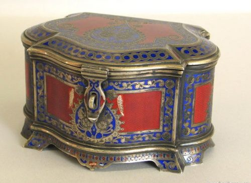 Silver gilded box with clasp, decorated with champlevé enamel, Antip Kuzmichev, Moscow, 1895, sold by Tiffany & Co.