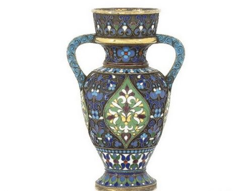Silver gilded vase, decorated with cloisonné enamel, Antip Kuzmichev, Moscow, 1896-1908, sold by Tiffany & Co.