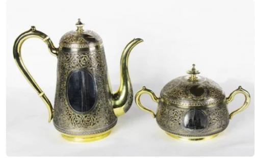 Postnikov. Silver tea set with the image of the Kremlin.