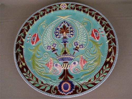 The Kuznetsovs produced dishes of different styles for people of different incomes.