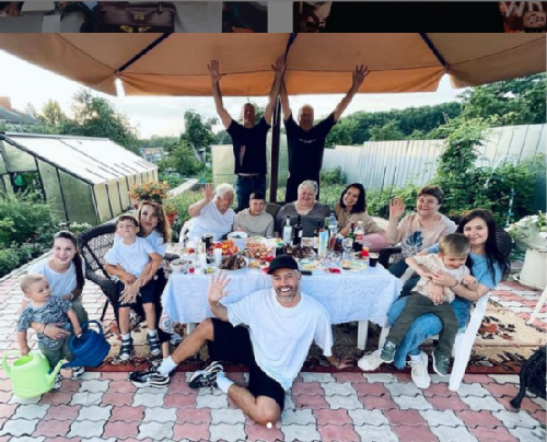 Alexander Rogov with his family