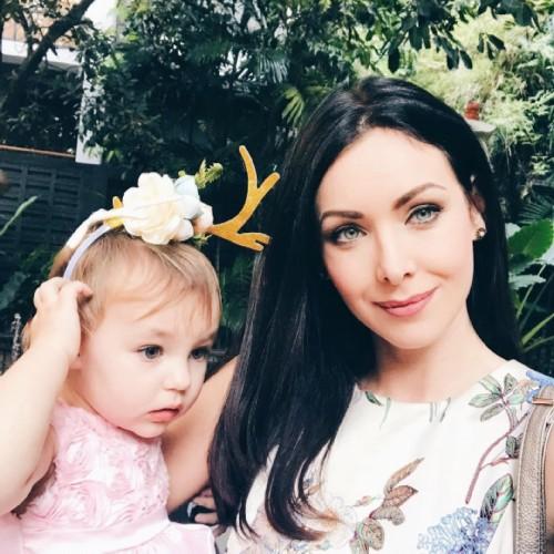 Russian women winners of international beauty contests, Natalia Glebova with her daughter
