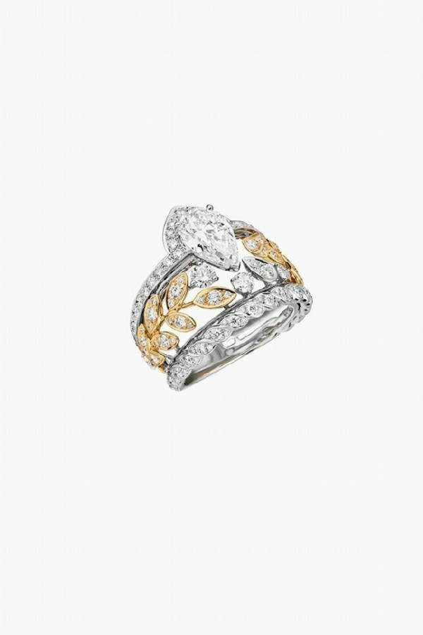 Chanel Russian collection. Ble Gabrielle ring, yellow and white gold, diamonds
